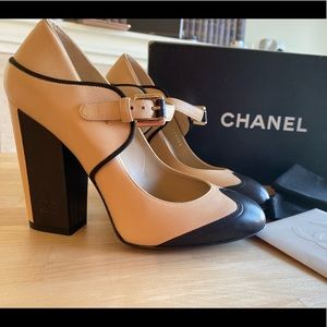 Chanel Classic High Heel Platform 37 NEW